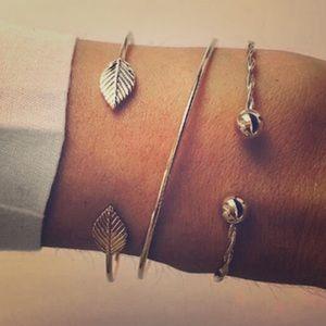 Coming Soon 💛🍃 Gold Leaf Bracelet Set